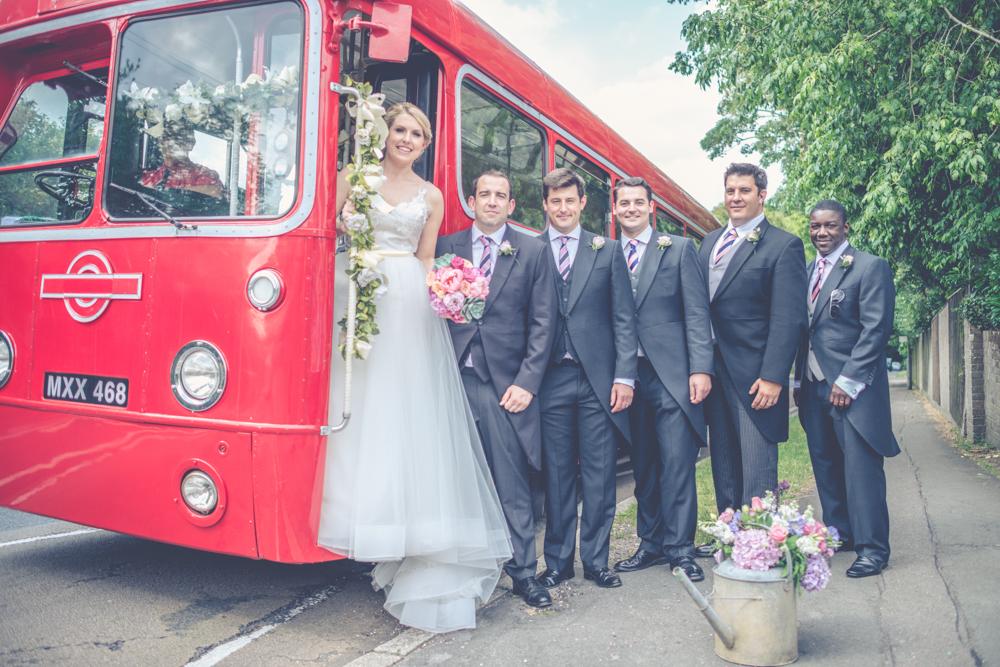 img-monkton-barn-high-wycombe-wedding-photography
