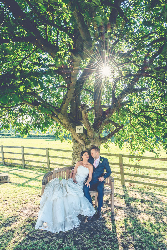 img_hyde_barn_wedding_photography_stow_on_the_wold