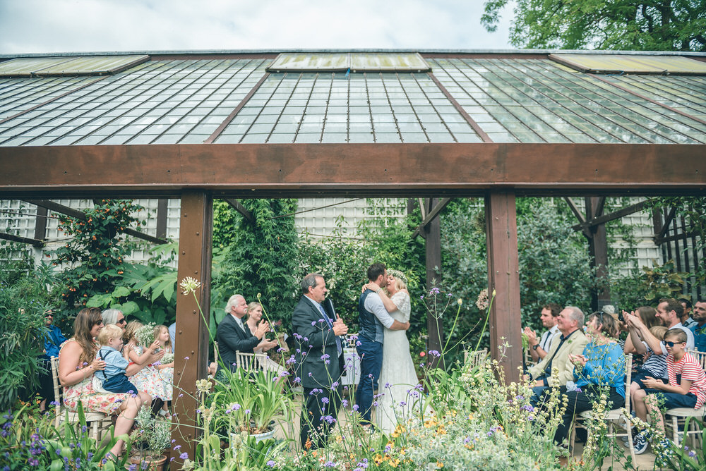 hidcote-manor-gardens-wedding-photography