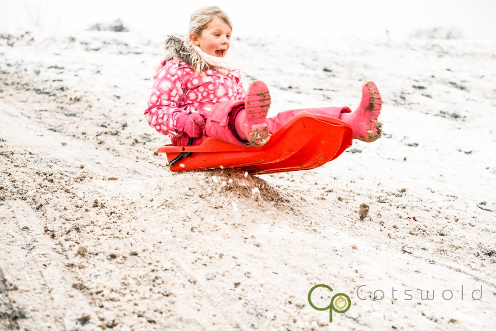 project-365-snow-day-sledging-children-cotswold-pictures-wedding-photography-gloucestershire