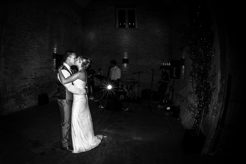 img_cripps_stone_barn_wedding_photography