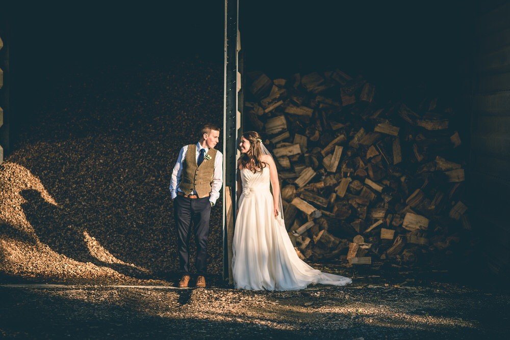 Oxleaze Barn wedding photography – Rosie and Ben