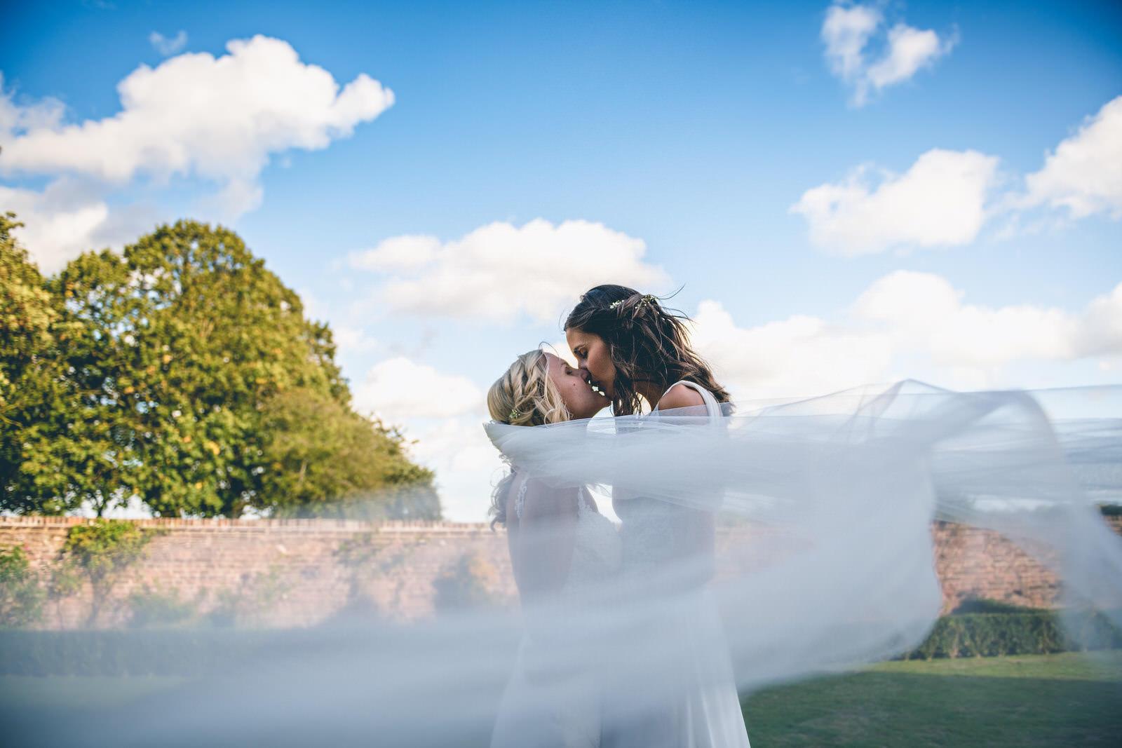 lillebrooke-manor-and-barns-wedding-photography